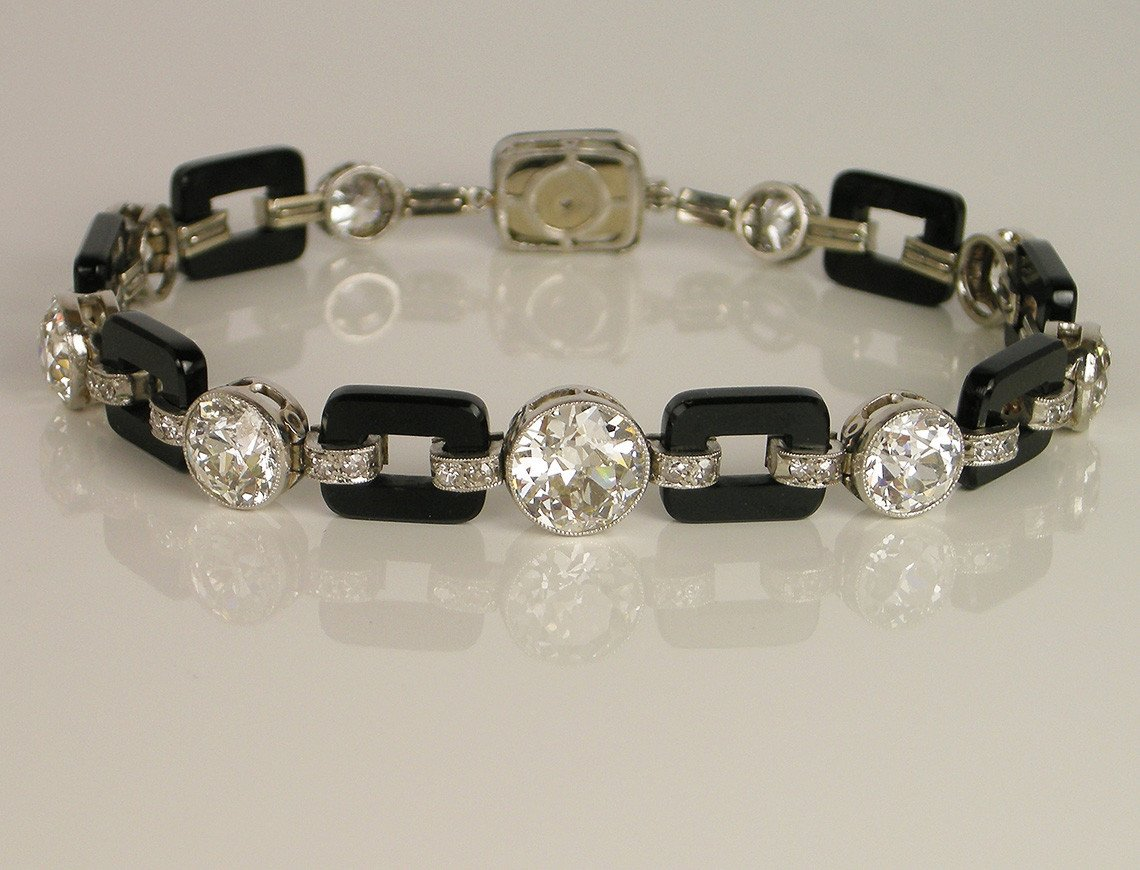 Stunning Art Deco diamond bracelet