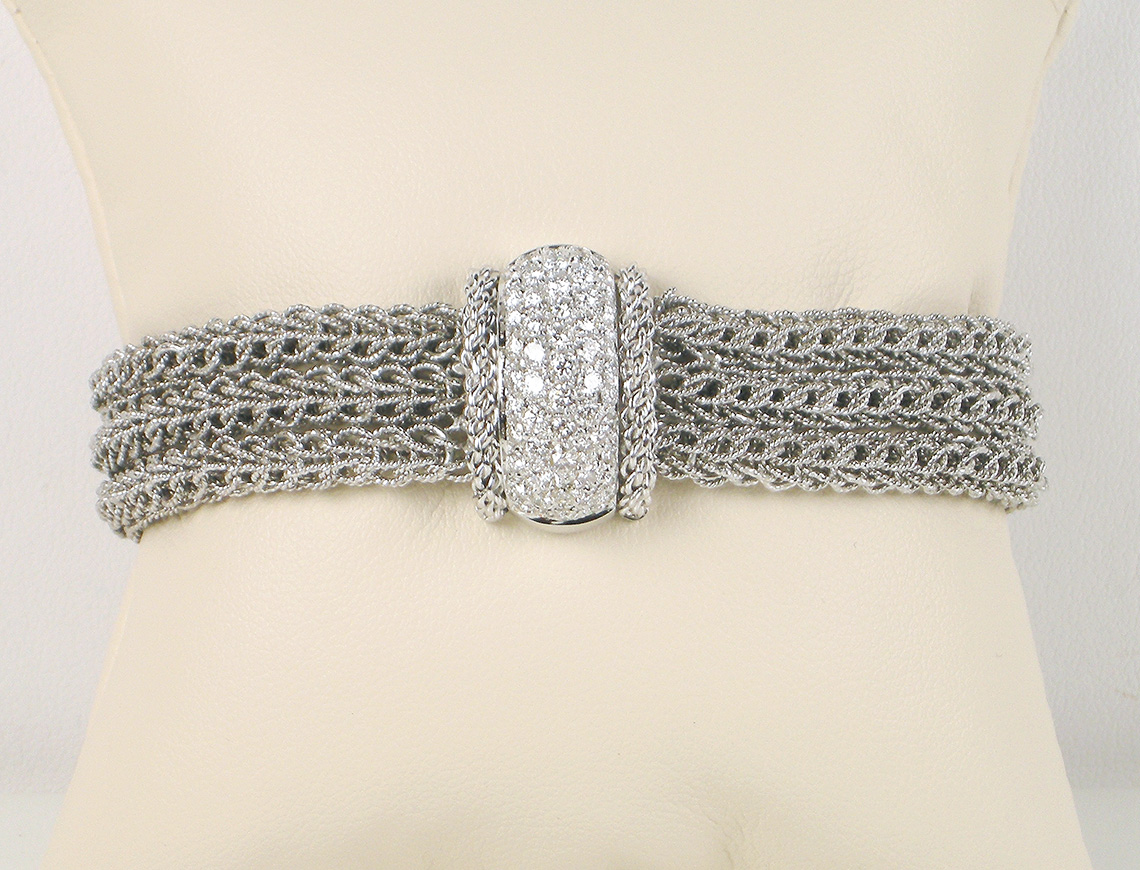 Italian-made diamond and white gold bracelet