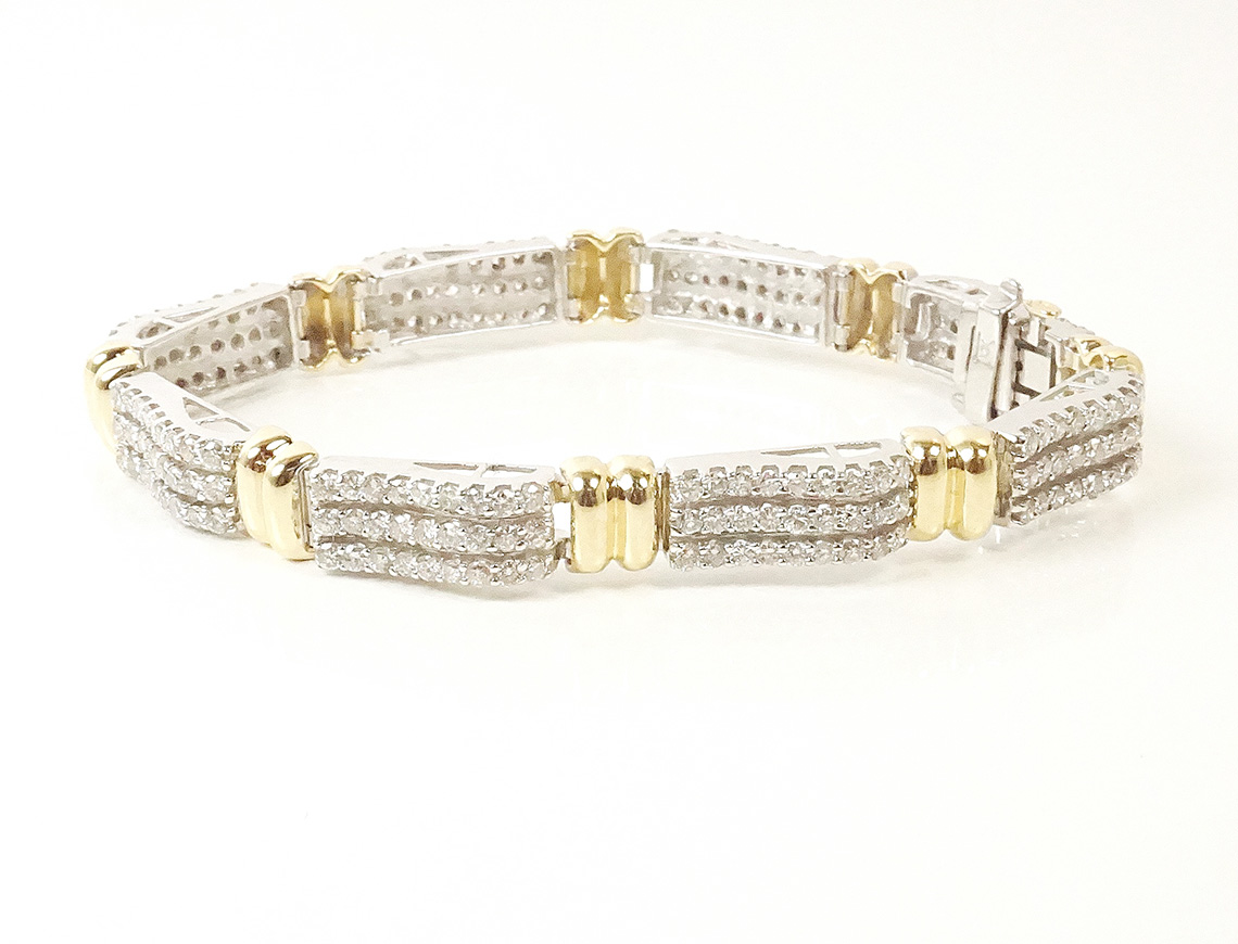 White and yellow gold diamond bracelet