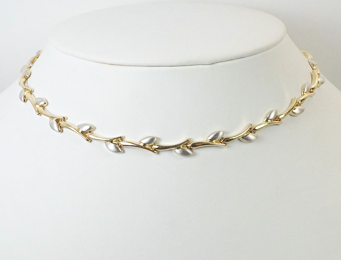 Two-tone Italian gold necklace -