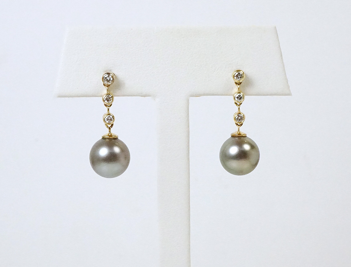 Tahitian pearls and diamonds