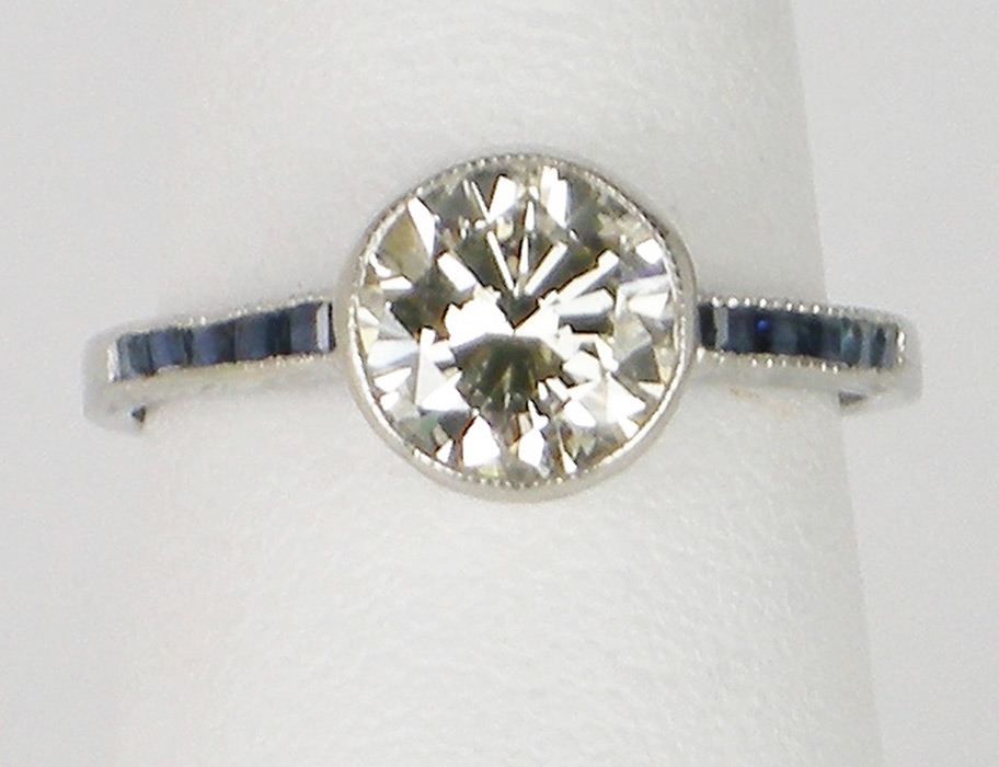 Vintage 1.06 carat diamond ring