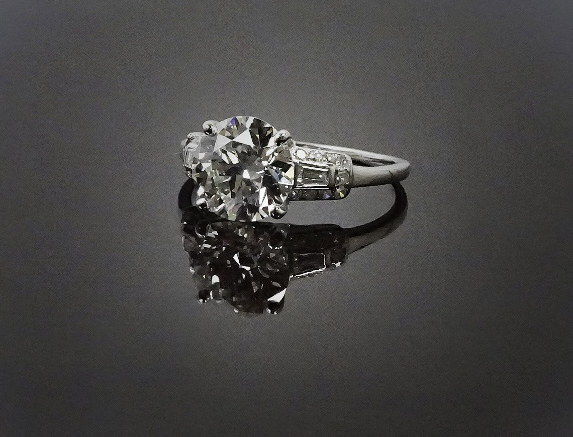 1.99 carat diamond in vintage setting