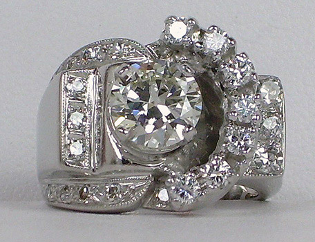 Retro white gold diamond ring