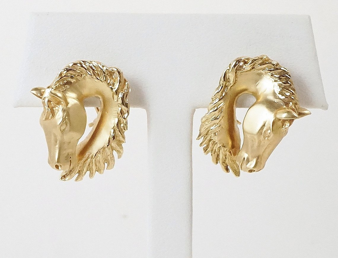 Graceful horsehead earrings